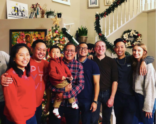 Christmas with Adrian's Family, 2018: 'Say cheese!'