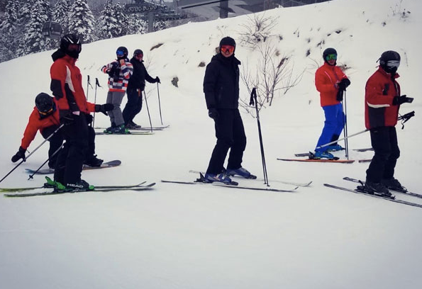 Skiing with friends in Quebec